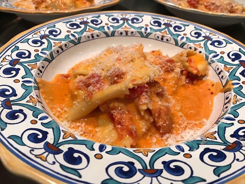 Eat with james blog eatwithjames 1 pound of best quality dried rigatoni such as the rustichella brand 1 28 ounce can of whole san marzano tomatoes 4 cloves of garlic coarsely sliced forumfinder